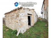 Country house with outbuildings for sale in Guilmi countryside, on the Abruzzo hills 8