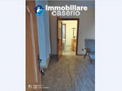 Country house in good condition with land and sea view for sale in Abruzzo, Italy 20