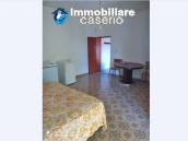 Country house in good condition with land and sea view for sale in Abruzzo, Italy 24