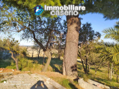 Country house in good condition with land and sea view for sale in Abruzzo, Italy 5
