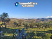 Country house in good condition with land and sea view for sale in Abruzzo, Italy 7