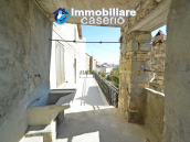 Property consisting of two houses with terrace and garden for sale in Abruzzo,Italy 3