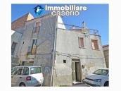 House with terrace for sale in Montecilfone, 15 minutes from the Molise coast, Italy 1