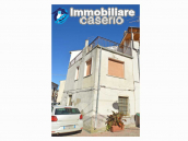 House with terrace for sale in Montecilfone, 15 minutes from the Molise coast, Italy 2