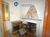House with terrace for sale in Montecilfone, 15 minutes from the Molise coast, Italy 4