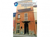 House with garage for sale in Casalbordino, less than 10 min by car from the sea 1