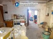 House with garage for sale in Casalbordino, less than 10 min by car from the sea 11