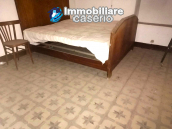 House with garage for sale in Casalbordino, less than 10 min by car from the sea 4