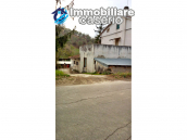Detached house in a good position with a garden for sale in Loreto Aprutino 1