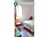 Detached house in a good position with a garden for sale in Loreto Aprutino 15