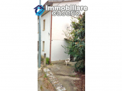 Detached house in a good position with a garden for sale in Loreto Aprutino 3