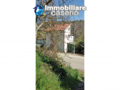 Detached house in a good position with a garden for sale in Loreto Aprutino 5