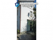 Detached house in a good position with a garden for sale in Loreto Aprutino 8