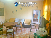 Detached house in good condition with garage and land for sale in Atessa, Abruzzo 11
