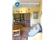 Detached house in good condition with garage and land for sale in Atessa, Abruzzo 12