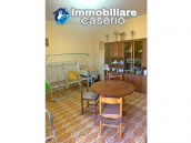 Detached house in good condition with garage and land for sale in Atessa, Abruzzo 9