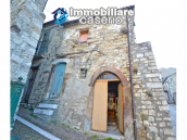 Ancient and spacious stone house with cellar for sale near the castle, Molise  19