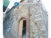 Ancient and spacious stone house with cellar for sale near the castle, Molise  20