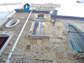 Ancient and spacious stone house with cellar for sale near the castle, Molise  2