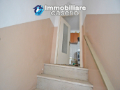 Ancient and spacious stone house with cellar for sale near the castle, Molise  6