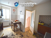 Ancient and spacious stone house with cellar for sale near the castle, Molise  7