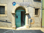 Large historic building with two terraces for sale in Molise 4