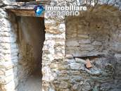 Large historic building with two terraces for sale in Molise 60