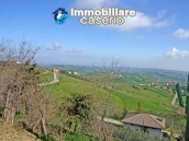 Habitable house in village with garden for sale in Casalanguida, Abruzzo, Italy 3