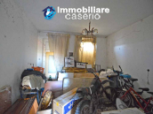 Country house to renovate on two floors with terrace and land for sale in Abruzzo 11