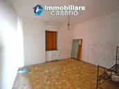 Country house to renovate on two floors with terrace and land for sale in Abruzzo 14