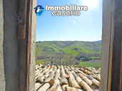 Country house to renovate on two floors with terrace and land for sale in Abruzzo 19