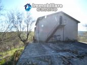 Country house to renovate on two floors with terrace and land for sale in Abruzzo 21