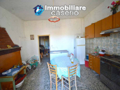 Country house to renovate on two floors with terrace and land for sale in Abruzzo 8