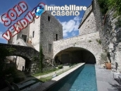 Magnificent feudal French Castle  from the XIth century for sale in Avignon 1
