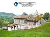 Indipendent stone house for sale in Bagnoli del Trigno, Isernia, Molise 1