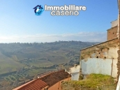 Spacious and character town house for sale near the sea in Pollutri, Abruzzo 10