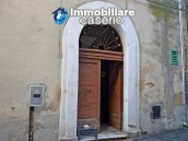 Spacious and character town house for sale near the sea in Pollutri, Abruzzo 2