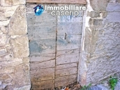The property includes two houses for sale in Italy, Region Abruzzo - Village Guilmi 25