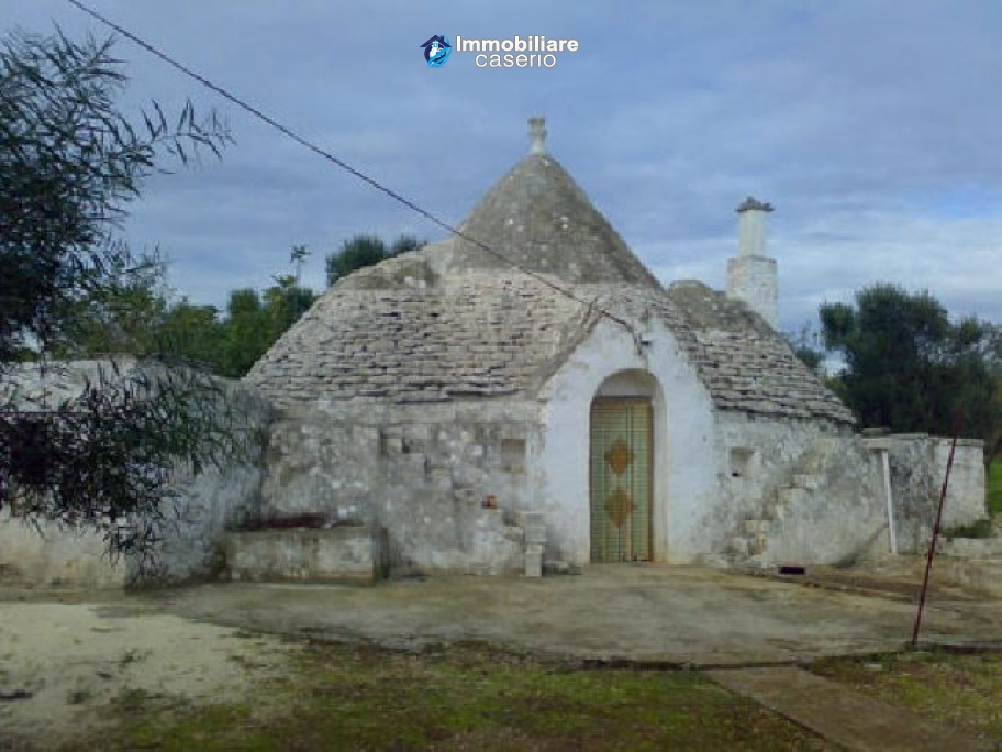 Trullo for sale at only few kilometres from the sea