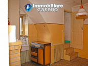 Habitable town house for sale with garden in Casalanguida, Chieti 2