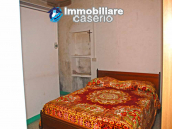 Habitable town house for sale with garden in Casalanguida, Chieti 7