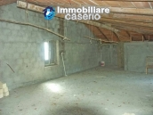 Imposing house for sale in the outskirts of Tornareccio, Abruzzo, Italy 18