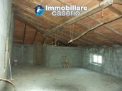 Imposing house for sale in the outskirts of Tornareccio, Abruzzo, Italy 19