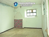 Imposing house for sale in the outskirts of Tornareccio, Abruzzo, Italy 5