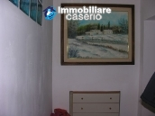 House for sale in the centre of Fresagrandinaria, Italy 12