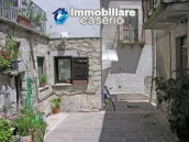 House for sale in the centre of Fresagrandinaria, Italy 2