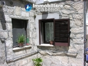 House for sale in the centre of Fresagrandinaria, Italy 3