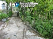 House to renovate with enchating garden in Abruzzo, Italy 7