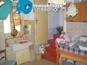Habitable independent house for sale in Tufillo, Abruzzo 4