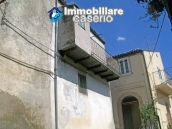 Habitable independent house for sale in Tufillo, Abruzzo 9